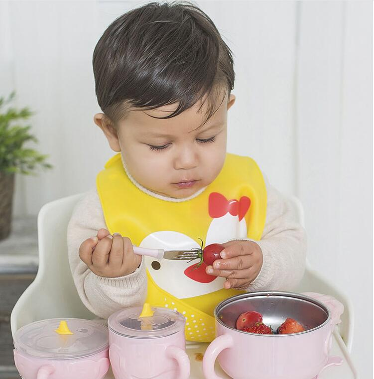 easy to clean dirt resistant waterproof silicone baby bib